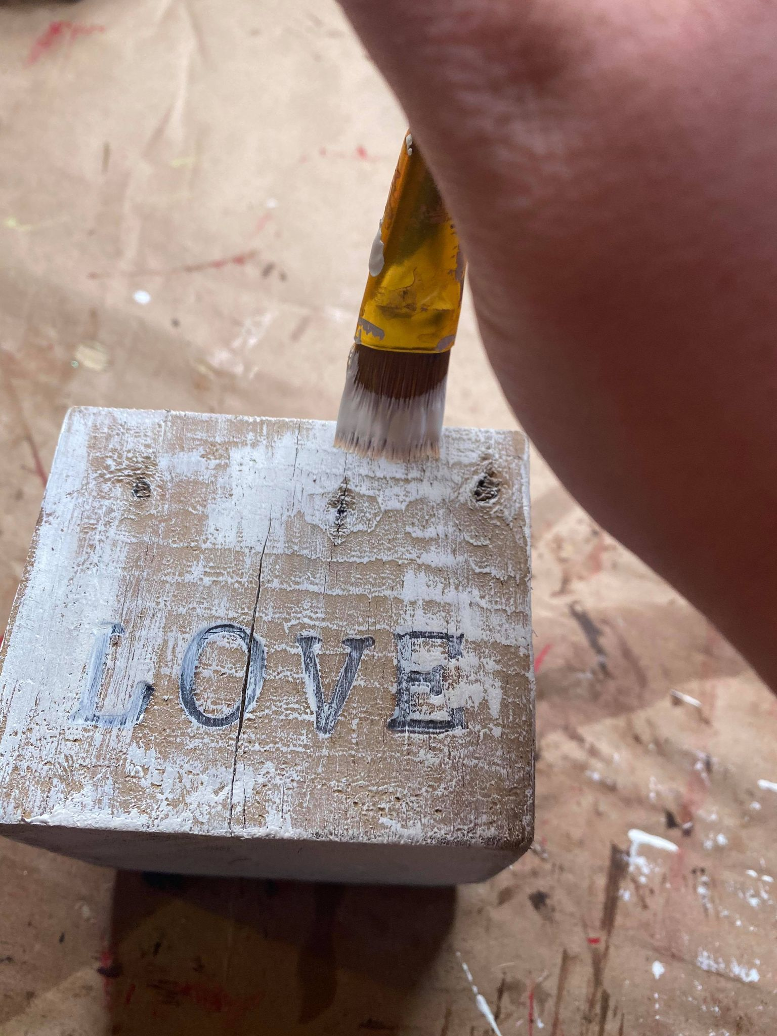 painting a wood block picture holder