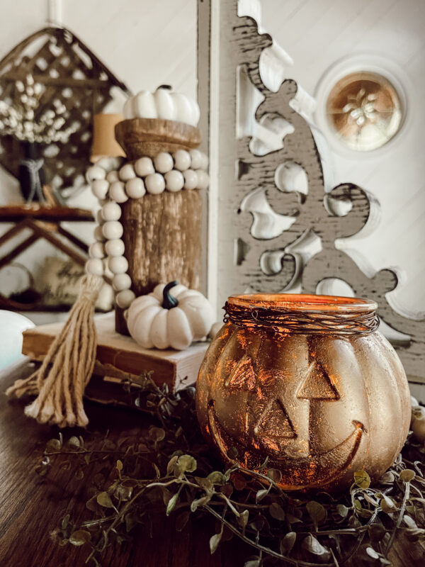 makeover a glass pumpkin using rub n buff
