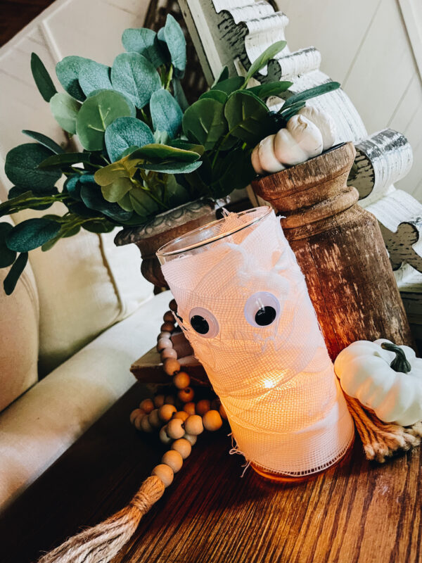 easy mummy diy using a vase